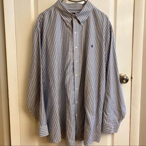 Brooks Brothers Oxford button down shirt